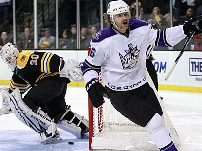 Michal Handzus, who also scores in regulation, celebrates the winner in the sixth round of the shootout. (AP)