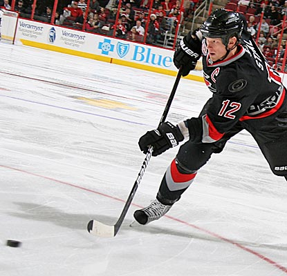Eric Staal's natural hat trick in Carolina's 4-2 win includes two goals off power plays. (Getty Images)