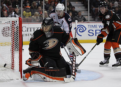 Jonas Hiller turns aside 27 shots en route to his third shutout this season and ninth career perfect game. (Getty Images)