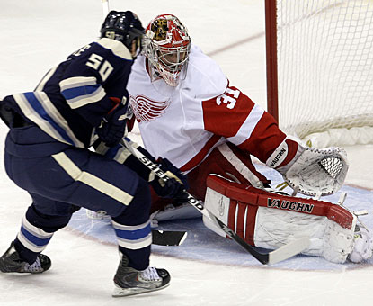 Antoine Vermette's goal ensures the Columbus Blue Jackets earn the 300th win in franchise history. (AP)
