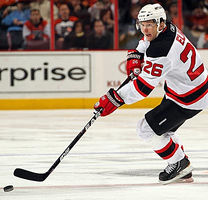 Patrik Elias looks for an opening Saturday vs. the Flyers, scoring two goals in the Devils' win. (Getty Images)