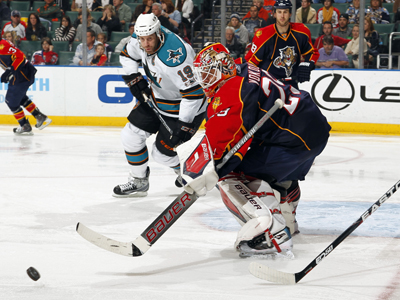 Tomas Vokoun Stops 29 shots while lifting his record to 10-0-1 in his last 11 starts against the Sharks.   (Getty Images)