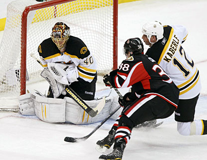 Tuukka Rask turns aside 33 shots to collect his second shutout this season and eighth of his career. (AP)