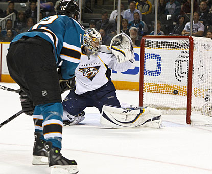 Patrick Marleau sees enough open net to beat Pekka Rinne after a breakaway rush on the right side. (US Presswire)