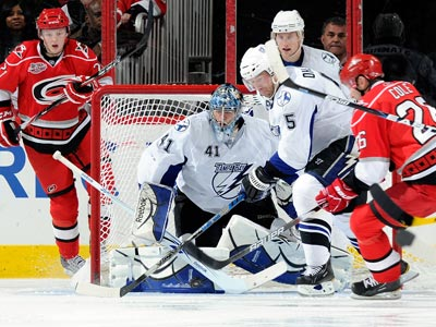 Mike Smith makes 33 saves for the Lightning during an important momentum-building win over the Hurricanes.  (Getty Images)