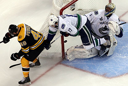 Rich Peverley gets his second goal and the Bruins carry lots of momentum back to Vancouver for Game 5. (Getty Images)