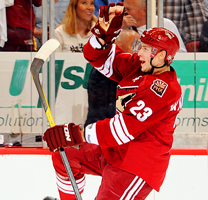 The Coyotes' Oliver Ekman-Larsson celebrates his second goal against the Jets. (Getty Images)