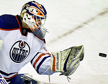Devan Dubnyk comes up with a season-high 40 saves to help Edmonton win its fourth straight game. (AP)