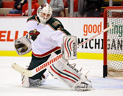 Josh Harding makes 36 saves leading the Minnesota Wild to a comeback win over the Detroit Red Wings.  (US Presswire)