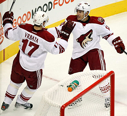Radim Vrbata scores in the second and third periods to get two goals in a game for the second time this season. (US Presswire)