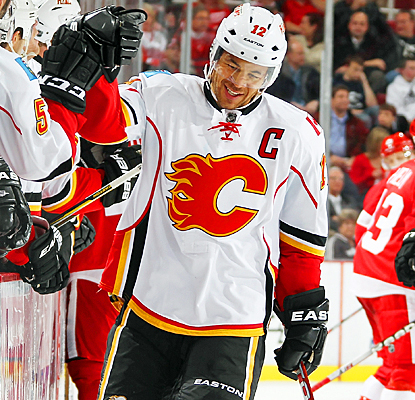 Jarome Iginla celebrates with his teammates after scoring one of his two goals against Detroit. (Getty Images)