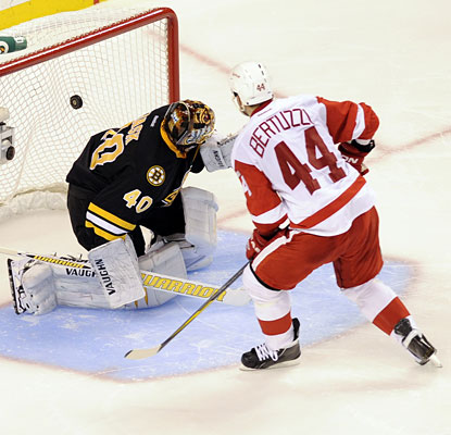 Todd Bertuzzi dips into his deep bag of shootout tricks to beat Tuukka Rask and give Detroit the victory.  (US Presswire)