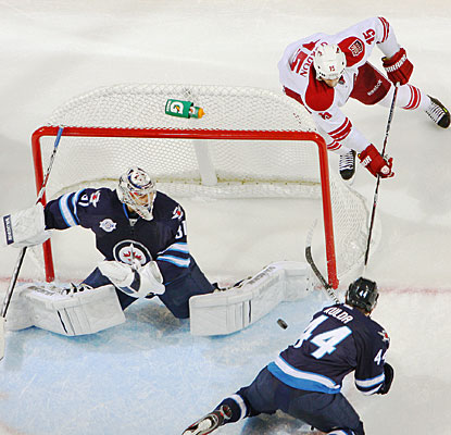 Ondrej Pavelec stops everything thrown his way by Phoenix to earn his second shutout this season. (Getty Images)
