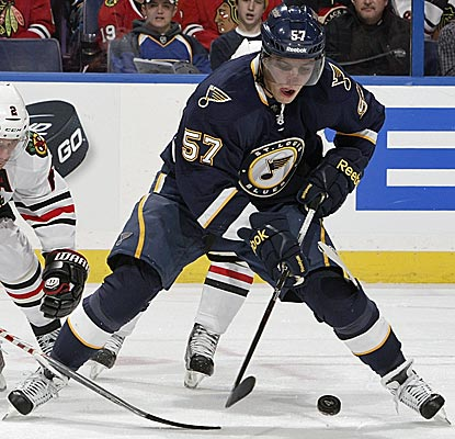 The Blues' David Perron returns to action after sitting out 97 games with a concussion.  (Getty Images)