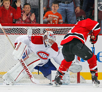 Carey Price denies Zach Parise on a penalty shot with 47 seconds to play and the Habs up by one goal.  (Getty Images)