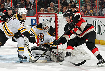 The Senators keep Tim Thomas busy in this game, but lose to the Bruins for the seventh straight time in Ottawa. (Getty Images)