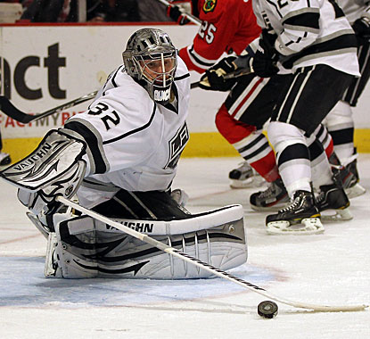 Jonathan Quick stops 38 shots on the way to recording his fifth clean sheet this season and 19th of his career. (Getty Images)