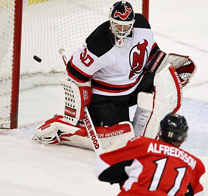Just like Friday against Calgary, Daniel Alfredsson again scores in overtime for Ottawa. (AP)
