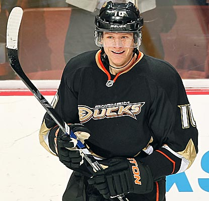 Corey Perry's not complaining after scoring into an empty net to notch his fourth career hat trick. (Getty Images)