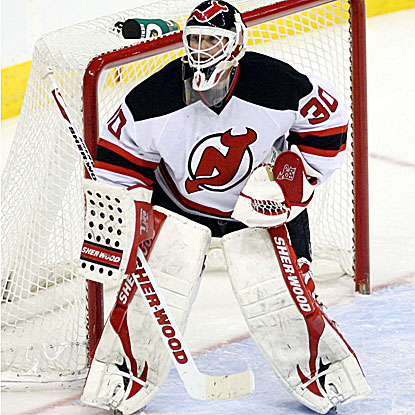 Martin Brodeur makes 22 saves in the Devils' fourth win out of their last six games.  (US Presswire)