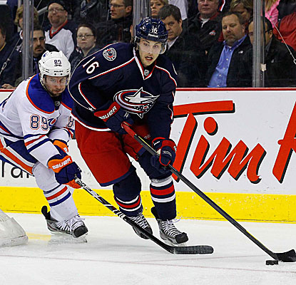 Derick Brassard (16) and the Blue Jackets overcome a two-goal deficit to beat the Oilers. (US Presswire)