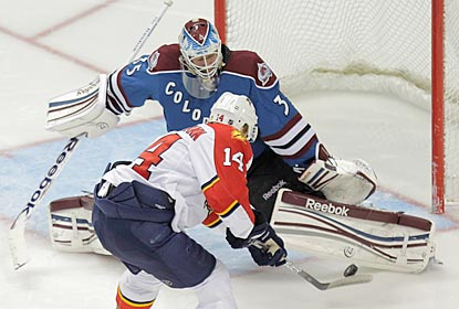 Colorado's Jean-Sebastien Giguere denies ex-Avalanche winger Tomas Fleischmann for one of his 23 saves.  (Getty Images)