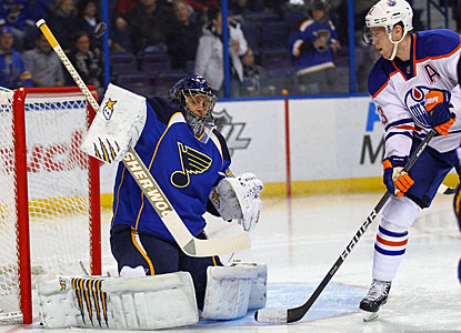 Jaroslav Halak stops 15 shots and earns his second straight shutout by a 1-0 score. (Getty Images)