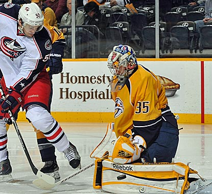 Nashville goalie Pekka Rinne sets a franchise record with his eighth straight victory in net.  (Getty Images)