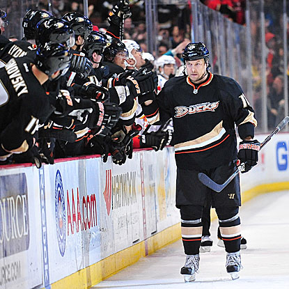 The Ducks' Niklas Hagman scores the game-winning goal in the eighth round of a shootout to put out the Flames.  (US Presswire)