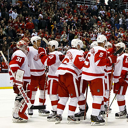 With their win over the Ducks, the Red Wings tie the NHL record for the second-longest home win streak. (US Presswire)