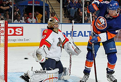 Panthers goalie Jose Theodore makes 26 saves in his first appearance in three weeks.   (Getty Images)
