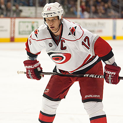 Eric Staal scores two third-period goals in the Hurricanes' third win over their last five games.  (AP)