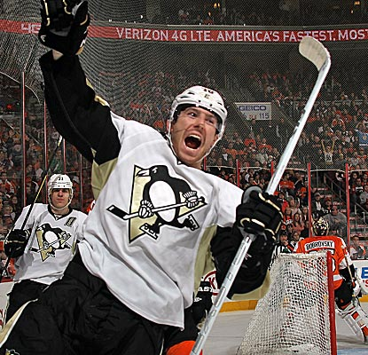 The Penguins' James Neal celebrates his 30th goal of the season in a big road victory at Philly.  (Getty Images)