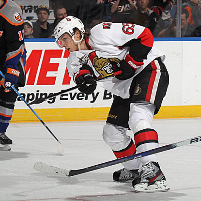 Erik Karlsson scores two goals for the Senators in their rout of the Islanders. (Getty Images)