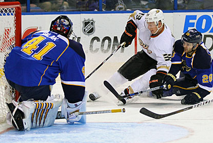 Blues goalie Jaroslav Halak stops 24 shots to improve his record this season to 23-10-5. (Getty Images)