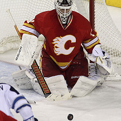 Calgary's Miikka Kiprusoff makes 42 saves to earn his 30th victory of the season. (Getty Images)