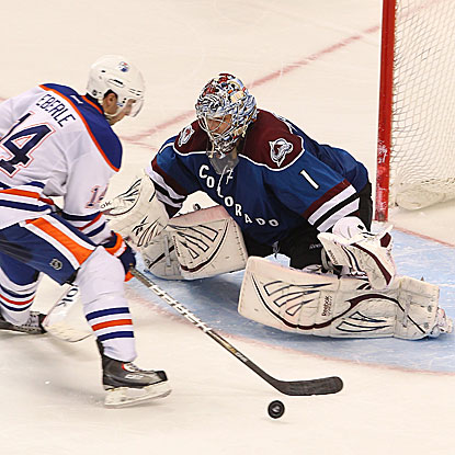 Semyon Varlamov denies both attempts he faces in the shootout as the Avalanche defeat the Oilers.  (Getty Images)