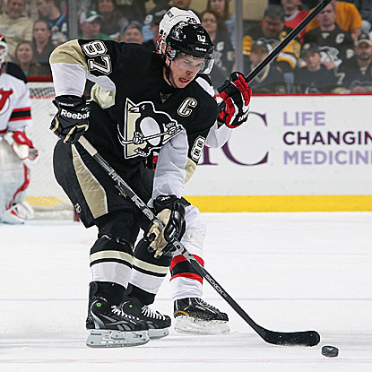 In their win over the Devils, the Penguins' Sidney Crosby scores his first goal at home since late November.  (Getty Images)