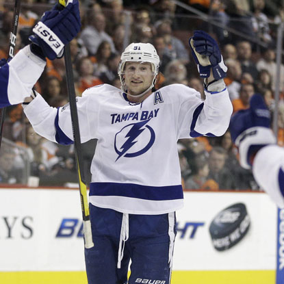 The Lightning's Steven Stamkos scores his 53rd goal of the year to break Vincent Lecavalier's team single-season record.  (AP)