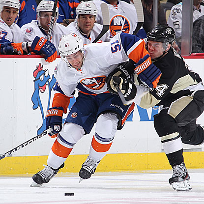 Frans Nielsen scores two goals and adds an assist to lead New York to its first win in Pittsburgh in more than four years. (Getty Images)