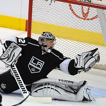 The Kings' Jonathan Quick stops 19 shots to record his NHL-leading 10th shutout of the season, and 24th of his career.  (Getty Images)