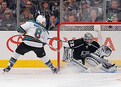 San Jose's Joe Pavelski beats Jonathan Quick up top with a forehand for the only goal of the shootout.  (Getty Images)