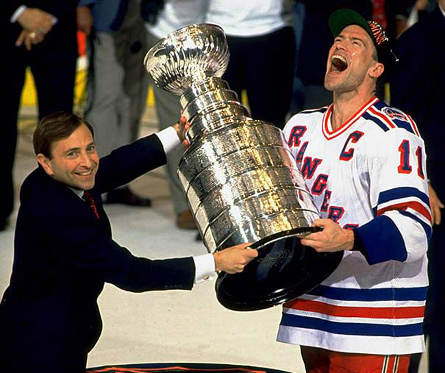 Rangers captain Mark Messier lifts the Stanley Cup. (Greg Caggiano)