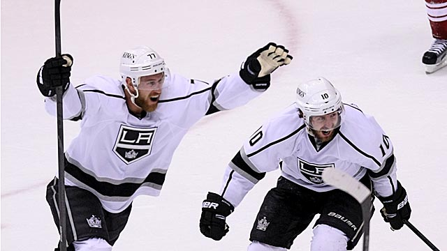 Ex-Flyers Jeff Carter and Mike Richards have been key in the Kings' playoff run. (Getty Images)