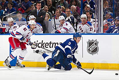 Rick Nash scores the go-ahead goal early in the third period and the Rangers make it stand. (Getty Images)