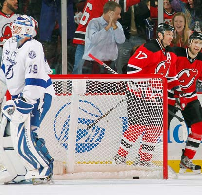 Ilya Kovalchuk (17) scores a short-handed goal that proves to be the difference for the Devils.  (Getty Images)