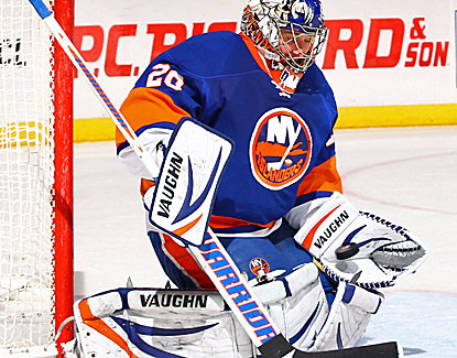 Evgeni Nabokov makes 29 saves as the Islanders earn just their third win in 12 home games this season. (Getty Images)