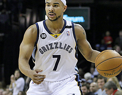 Memphis' Jerryd Bayless scores all 13 of his points in the final 13 minutes against the Trail Blazers. (AP)