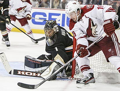 Jonas Hiller denies Shane Doan here and the rest of the Phoenix Coyotes en route to earning his 16th NHL shutout.  (AP)