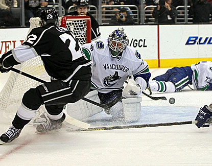 Vancouver goalie Cory Schneider made 20 saves against the Kings en route to his sixth NHL shutout. (Getty Images)